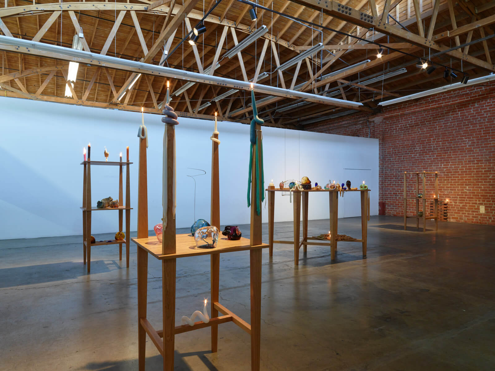 11_kelly-akashi-being-as-a-thing-installation-view