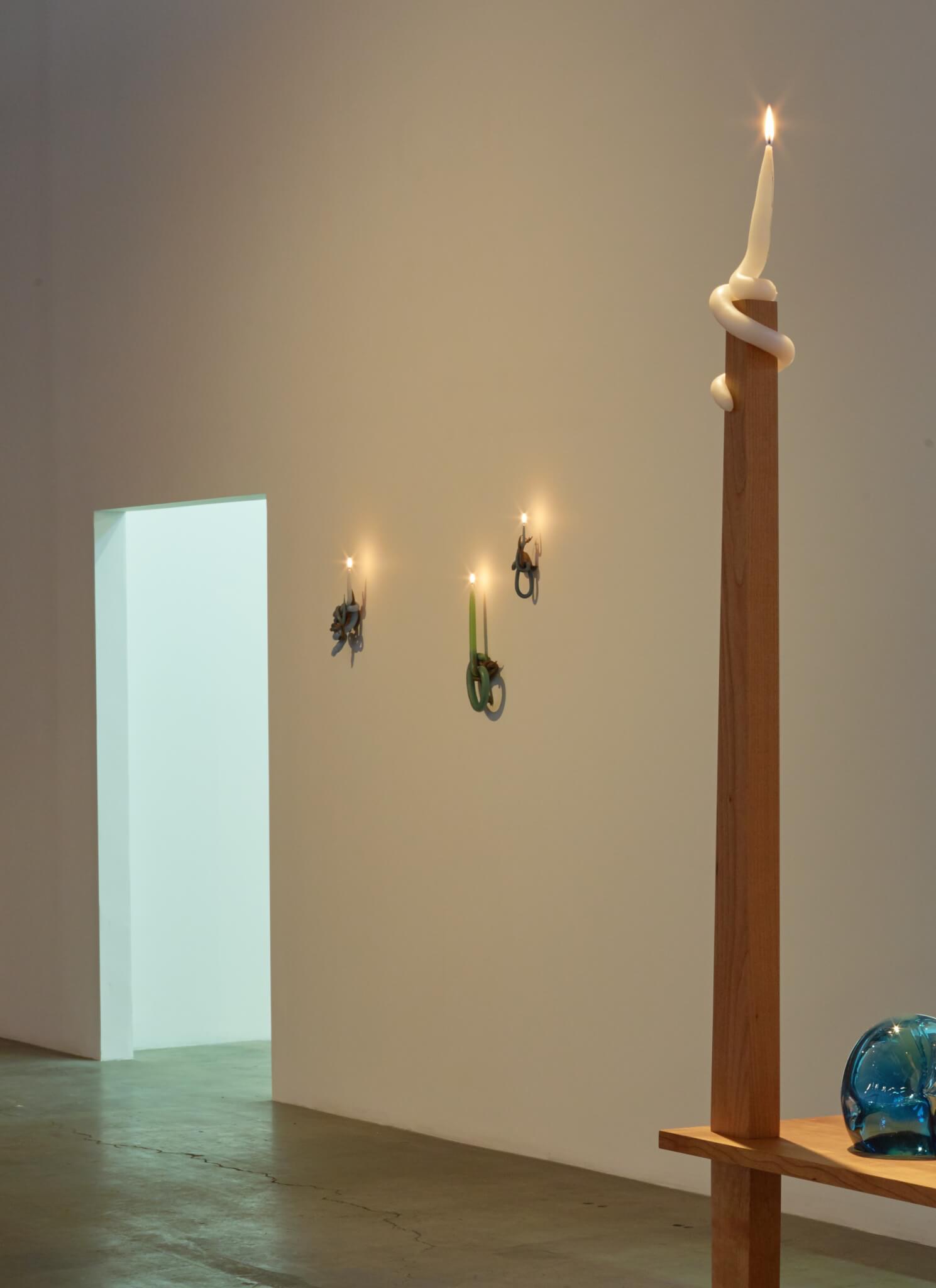 22_kelly-akashi-wall-candles-installation-2016