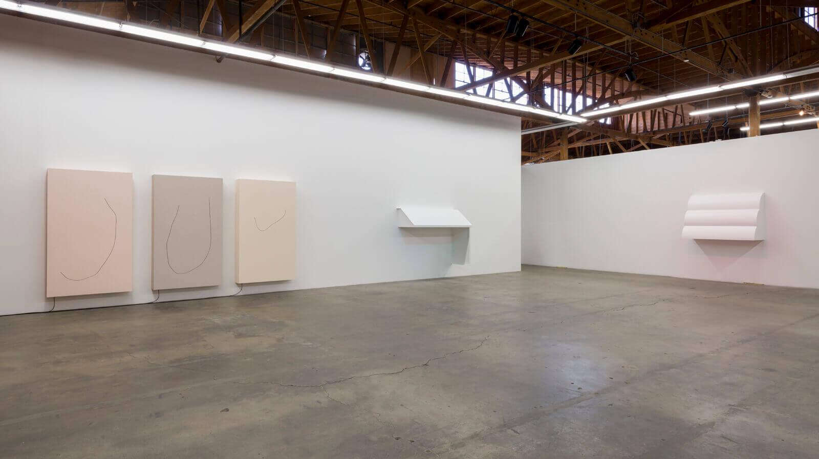B_Davide-Balula-Broken-Things-Float-Faster-Installation-View-2016-2